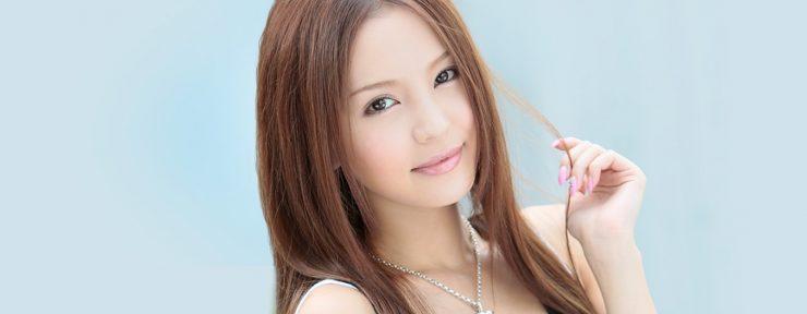 カリビアンコムで人気のAV女優・丘咲エミリ
