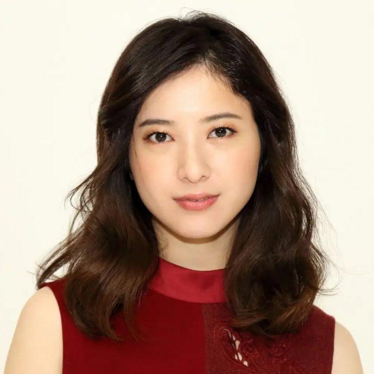 ヌードを披露した女性芸能人・吉高由里子