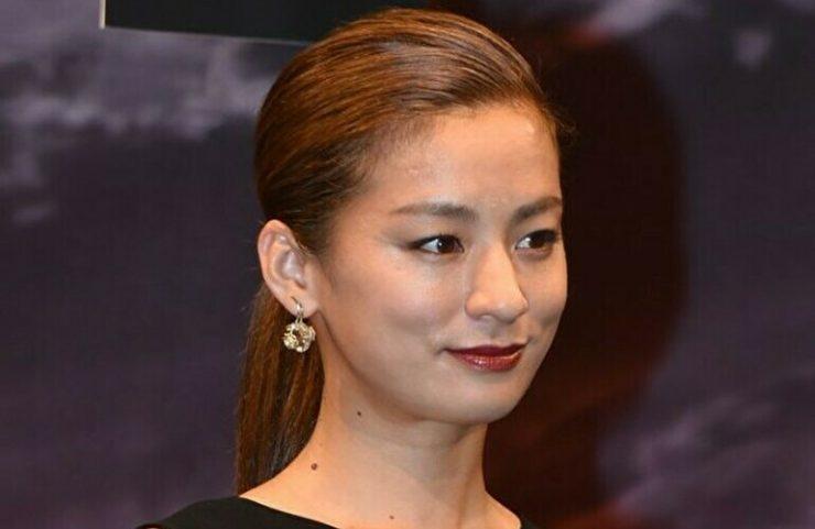 有名女優のヌードエロ画像・尾野真千子1