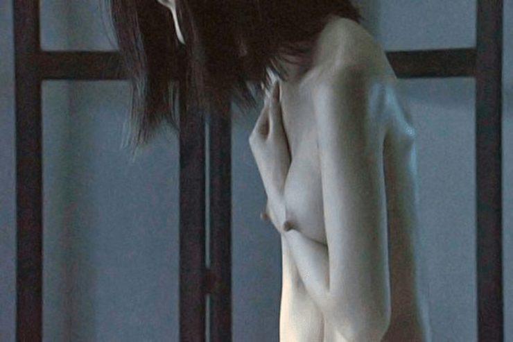 有名女優のヌードエロ画像・尾野真千子4