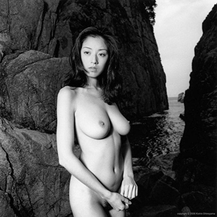 有名女優のヌードエロ画像・高岡早紀3